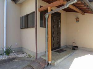 玄関ポーチ柱交換