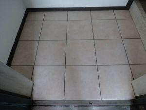 マンション玄関床改修工事