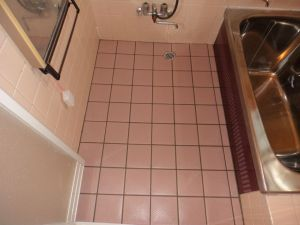 浴室床材の変更